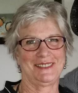 Pasfoto Ineke Robart met bril (2)